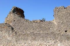 Väggen av byggnaden i Pompeii Royaltyfri Foto