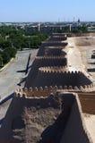 Väggen av citadellen av den Bukhara tillflykten Arkivfoto
