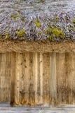 Väggen av japanska Gassho-stil hus Shirakawa-går in traditien Royaltyfria Bilder
