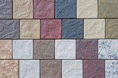 Väggen av naturligt stenar texturbakgrund, yttersida royaltyfri fotografi