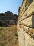 Väggen för forntida stad i staden Arkivbild