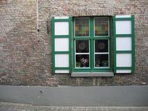 väggfönster Arkivbild