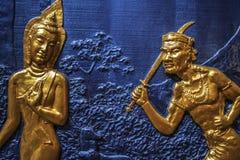 Vägggarnering på en buddistisk tempel, Georgetown, Penang, Malaysia royaltyfri fotografi
