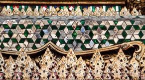 Väggkonstdesign i tempel Arkivbilder