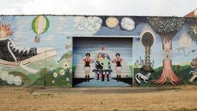 Väggkonstväggmålning i djupa Ellum, Dallas, Texas Fotografering för Bildbyråer