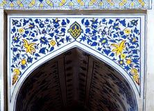 Väggmålning av den Kok Gumbaz moskén, Uzbekistan Royaltyfri Bild