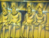 Väggmålning av egyptiska gudar royaltyfria bilder