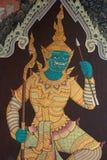 Väggmålning av Ramayana i Wat Pra Kaew, Bangkok, Thailand Arkivfoton
