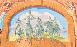 Väggmålning på sidan av det nationella cowgirlmuseet och Hall av berömmelse Arkivfoton