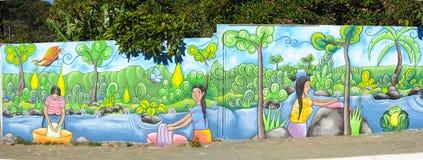 Väggmålningar på en vägg på Ataco i El Salvador Arkivfoton