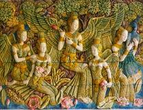 Väggmålningar som visar platser från buddistisk mytologi Royaltyfri Bild