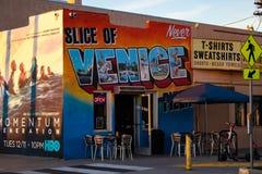 Väggmålningen shoppar på i Venice Beach, Kalifornien arkivfoto