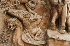Väggskulptur i den Trimit templet Arkivfoto