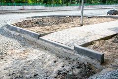 Vägkonstruktionsplats, stenar och grus Fotografering för Bildbyråer
