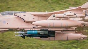 Vägledd Paveway III laser - bombarderar på strålflygplan Royaltyfria Bilder