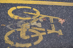 Vägmärke för cirkuleringsspår, cykelbana Arkivfoto