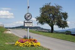 Vägmärke för hastighetsgräns Royaltyfri Fotografi