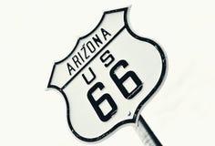 Vägmärke för huvudvägrutt 66, Arizona Royaltyfri Foto
