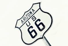 Vägmärke för huvudvägrutt 66, Arizona Royaltyfria Foton