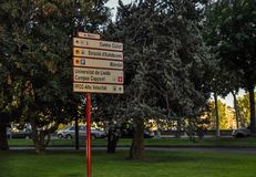 Vägmärken i Lleida, Spanien Royaltyfri Foto