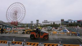 Vägreparation i Odaiba, byggnadskonstruktion royaltyfri foto