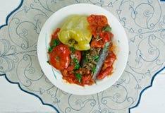 Välfyllda aubergine, peppar och tomater Arkivbild