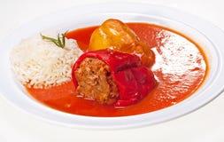 Välfyllda peppar och Rice Royaltyfri Fotografi