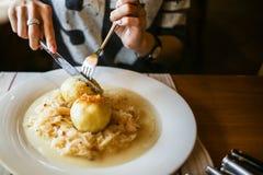 Välfyllda potatisklimpar Fotografering för Bildbyråer