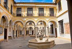 Välgörenhetsjukhus i Seville, Spanien. Arkivfoton