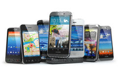 Välj mobiltelefonen Rad av de olika smartphonesna Arkivbilder