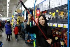 Välja ny Alpenstocksat shanghai tiokamp shoppa Arkivfoton