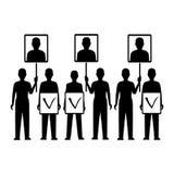 Väljare som bär stående av deras kandidat, val Arkivbilder
