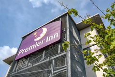 Välkänd brittisk hotellkedja som ses uppvisning nybygget fotografering för bildbyråer