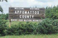 Välkommet tecken på den historiska nationalparken för Appomattox domstolsbyggnadinbördeskrig Royaltyfri Fotografi