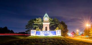 Välkomnande som vaggar vägmärket för kulleSouth Carolina huvudväg Arkivfoto