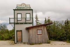 Välkomnande till Dawson Royaltyfri Fotografi
