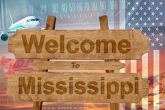 Välkomnande till den Mississippi staten i USA tecknet på trä, travelltema royaltyfria bilder