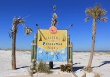Välkomnande till den Pensacola stranden fotografering för bildbyråer