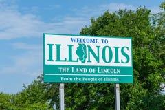 Välkomnande till det Illinois tecknet arkivfoto