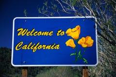 Välkomnande till det Kalifornien tecknet royaltyfri fotografi