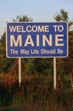 Välkomnande till det Maine tecknet Arkivfoton