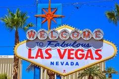Välkomnande till det sagolika Las Vegas berömda tecknet arkivbild
