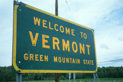 Välkomnande till det Vermont tecknet Arkivfoton