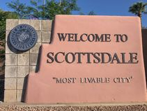 Välkomnande till Scottsdale Arizona, tecken royaltyfria foton