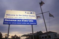 Välkomnandet till Förenta staterna undertecknar in Richford VT/Canada royaltyfria bilder