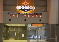 Välkomnandet till Las Vegas undertecknar in McCarran den internationella flygplatsen i Las Vegas Fotografering för Bildbyråer