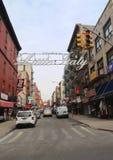 Välkomnandet till lilla Italien undertecknar in Lower Manhattan Royaltyfri Bild