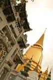 välva sig den storslagna orientaliska slotten thailand för bangkoks Royaltyfria Foton