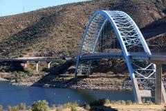 Välvd bro på Hwy 188 Royaltyfri Bild