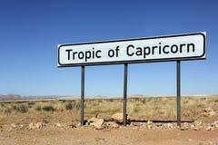 Vändkrets av Capricorntecknet - Namibia arkivfoton